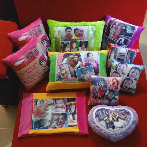 Bantal Custom Solo Unik